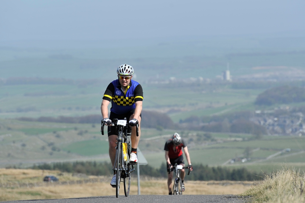 Ade's Road Cycling Blog - Peak 100, Axe Edge
